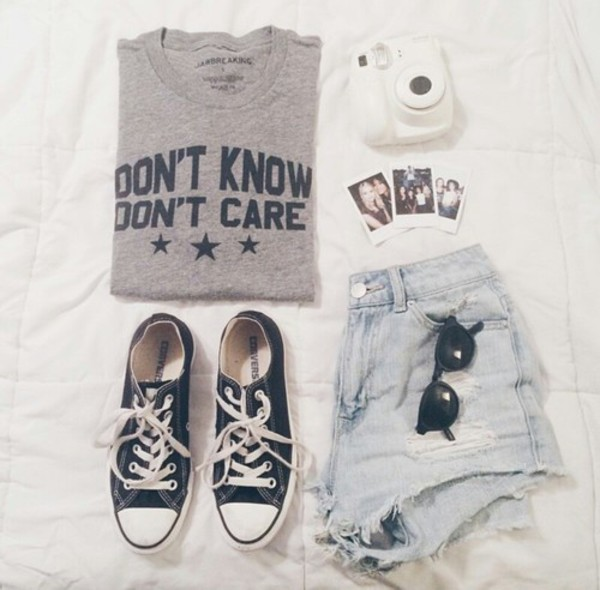 t-shirt tumblt t-shirt tumblr outfit grey t-shirt don't know don't care grey and black shoes sweat shirt material shirt