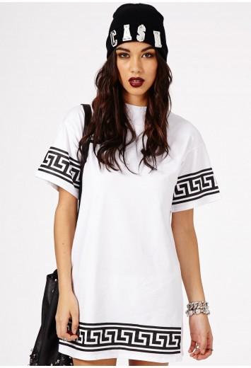 Kikita Greek Key Print Oversized T-Shirt Dress - Dresses - Mini Dresses - Missguided