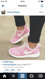 pink spotty roshe runs size 5,shoes,pink,nike,sportswear,workout,running shoes,nike free run,nike roshe run pink white