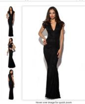 dress,black,mermaid,fishtail,v neck,lace,lace dress,net,evening dress