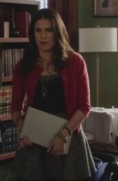 skirt,Karla Souza,how to get away with murder,Laurel Castillo,cardigan