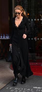dress,all black everything,gigi hadid,model,streetstyle,model off-duty,Paris Fashion Week 2017