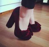 shoes,heels,high heels,chunky,red,red velvet,bow,vintage,velvet shoes,burgundy shoes,bow heels,suede shoes