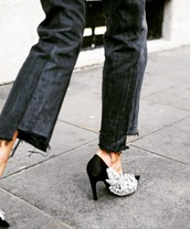 shoes,black jeans,jeans,denim,heels,embellished