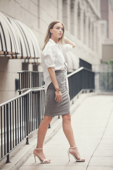 shoes skirt white shoes high heels jewels queen of jet lags sunglasses work outfit sandals grey grey skirt white shirt classy work outfit blonde heel sandals