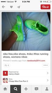shoes,nike,nike running shoes,neon,womens running shoes,blue,green