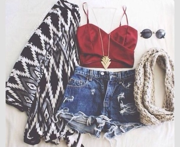 tank top shorts sunglasses jewels scarf cardigan