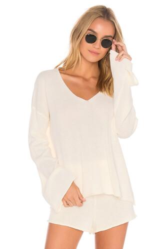 sweater chill white