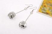 jewels,cute,style,fashion,earrings,jewelry,ball earrings,dangle earrings
