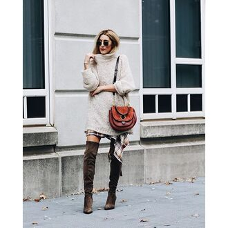 sweater tumblr oversized sweater winter outfits winter look beige sweater bag brown bag boots over the knee boots over the knee sunglasses white oversized sweater