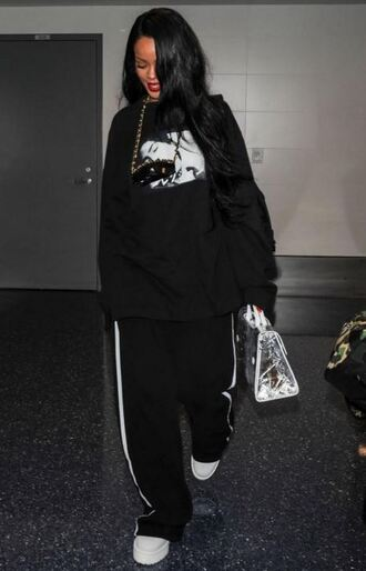 sunglasses sweatpants sweatshirt rihanna