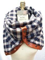 scarf,plaid,buttons,blur