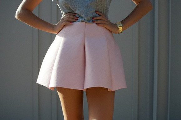 highwaisted shorts high waist girly cute skirt pink baby pink shell pink cusual fancy pleated crisp solid pastel solid colour spring gold vintage fashion short watch shorts pink, ballonskirt, beautiful