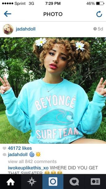 jadah doll blue shirt graphic tee shirt Jadah Doll hair Jadah Doll makeup surf blue crewneck sweatshirt hoodie jadah sweater