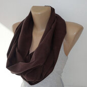 scarf,infinite,for her,infinity,brown scarf,brown,dark chocolate brown,infinity scarf,cotton,fashion trend,trendy,best gifts,gift ideas,fall outfits,valentine's day,back to school,outerwear,fall outwear,neckwarmer,linen