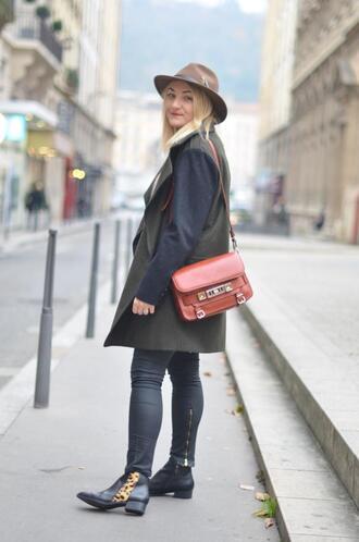 paris grenoble blogger ankle boots animal print