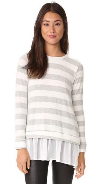 Liv Chiffon Back Flounce Sweater - Gris