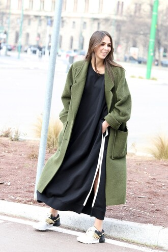 dress pocket dress black dress maxi dress slit dress coat long coat green coat sneakers fall outfits streetstyle