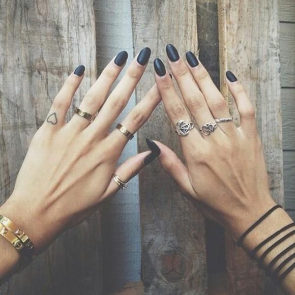 jewels ring gold black nails black nail polish bracelets fancy fancy jewelry hands