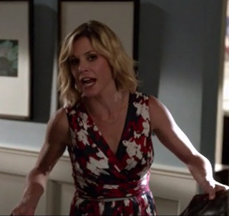 dress red claire dunphy julie bowen modern family navy floral