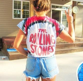t-shirt shirt tie dye shirt rolling stones t shirt the rolling stones band tie dye tumblr outfit tumblr tumblr shirt band t-shirt distressed shirt