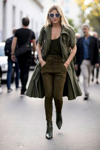 pants olive green khaki streetstyle paris fashion week 2016 fall outfits