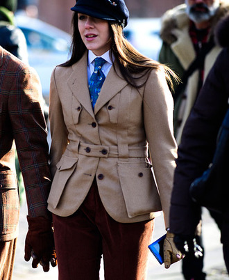 coat brown pants tumblr camel camel blazer blazer pants brown hat black hat fisherman cap gloves fashion week 2017 streetstyle no gender gender neutral