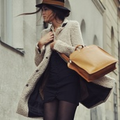hat,blue hat,camel bag,bag,dress,black dress,fall outfits,coat