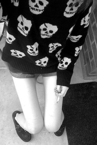 cardigan skull black grunge girl women woman cigarrette