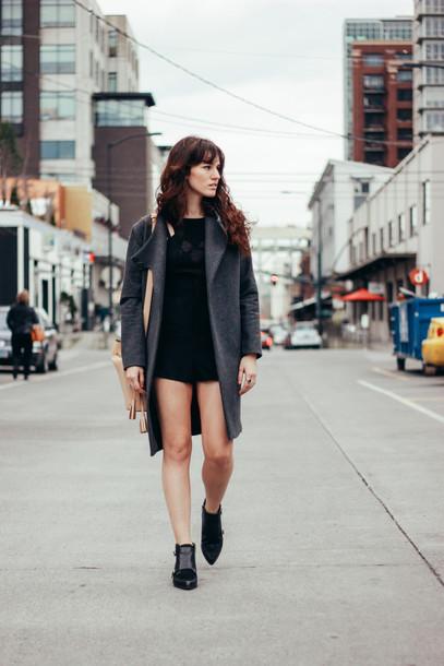 the mop top blogger romper grey coat black shoes coat bag shoes