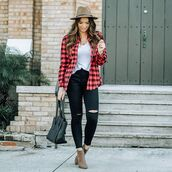 top,plaid shirt,brown boots,black skinny jeans,black bag,white t-shirt,hat