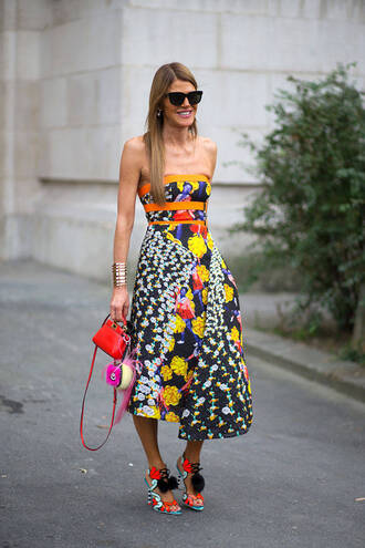dress floral summer dress fashion week 2014 streetstyle sandals high heels peter pilotto shoes printed sandals sandal heels high heel sandals midi dress printed dress tube dress anna dello russo bag red bag mini bag fendi fur keychain bag accessoires sunglasses black sunglasses