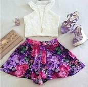 shorts,cute shorts,skirt,cute skirt,floral,floral skirt,flowered shorts,skorts,High waisted shorts,casual,dressy,girly,tank top,jewels,shoes,bag