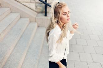 angelica blick blogger blonde hair hairstyles