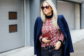 the fashion guitar blogger coat sweater jeans shoes bag sunglasses
