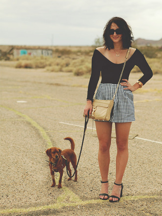 lady a la mode blogger top shorts shoes sunglasses bag jewels
