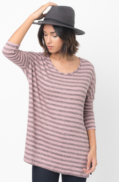 sweater,caralase,fashion,pullover,pull-over,long sleeve tunic,relaxed fit long hem tee,berry