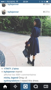 shoes,kylie jenner,keeping up with the kardashians,black,dress,button up,vintage,grunge,edgy,alternative,trench coat,navy,waist,shirt dress,goth,long t-shirt dress,coat