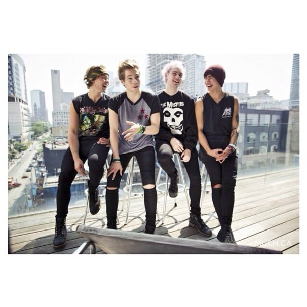 5 seconds of summer skinny jeans brand