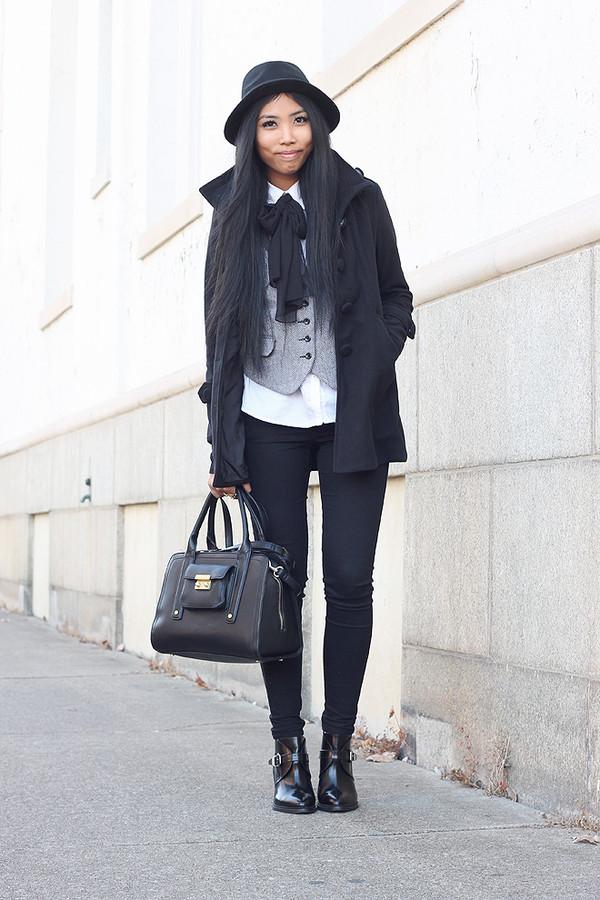 fashion of a novice jacket coat shoes bag hat jewels