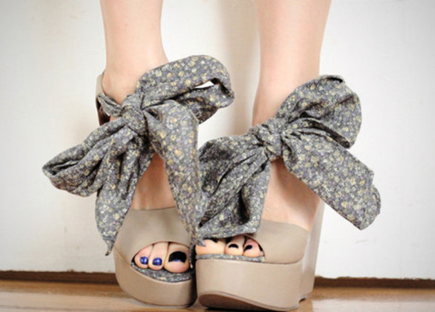 shoes bow