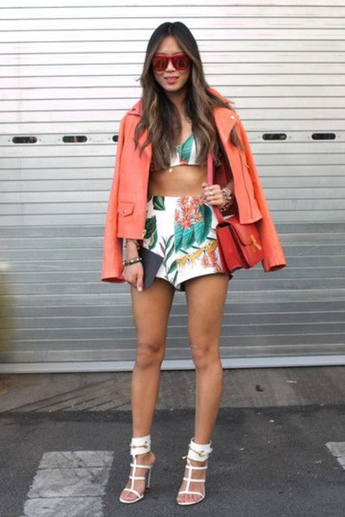 shorts floral floral shorts white shorts songofstyle orange red street style blogge blogger aimee song