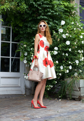 from brussels with love blogger dress sunglasses shoes bag