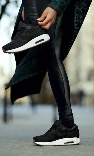 shoes jeans leggings pants coat nike air max black white nike air max 90 sneakers nike air black shoes black and white nike sneakers black sneakers black disco legging black nike air max 1 pinterest white sneakers