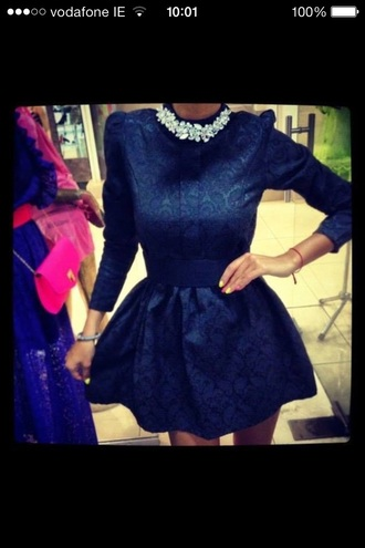 dress long sleeves style