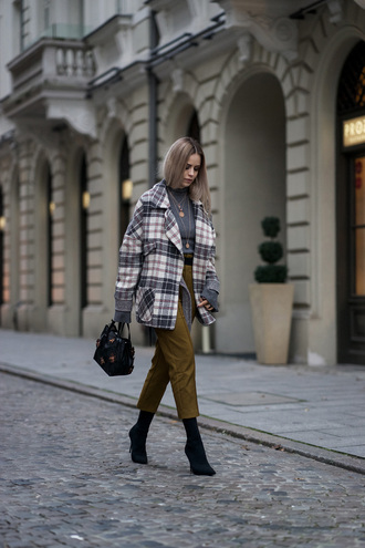coat tumblr plaid plaid coat tartan pants khaki khaki pants cropped pants boots black boots bag black bag