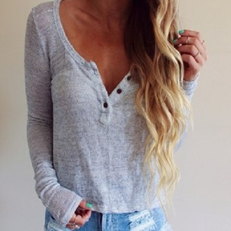 jeans blouse top grey cardigan grey top buttons wavy hair blonde hair ripped jeans long sleeves buttons down