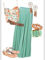 blouse,summer,summer outfits,crop tops,floral tank top,floral,teal,green,dreamcatcher,woven belt,flat sandals,skirt,top,jewels,shoes,belt