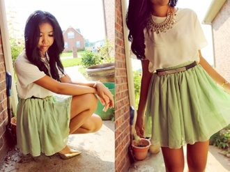 belt gold blet gold plated gold gold plated green skirt green skirt skater skirt gold stilettos statement necklace jewels outfit summer outfits spring spring outfits stilettos