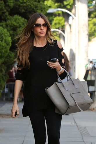 sweater black top crewneck sofia vergara